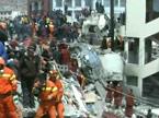 发自玉树:中国国际救援队成功救出一名13岁女孩