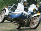 警察秀超炫摩托车技巧