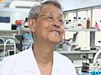 专家释疑:年纪大生孩子 孩子得遗传病的几率会更大?