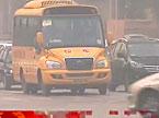 今起长沙不避让校车扣6分 违规驾驶校车扣12分